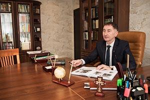 НЕПОМНЯЩИЙ Андрей Анатольевич